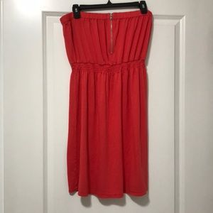 EUC Gap Salmon Strapless Dress